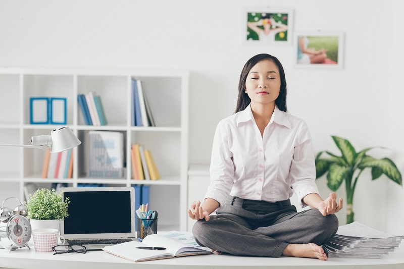 Want To Be A Better Leader? Take Five Minutes To Meditate